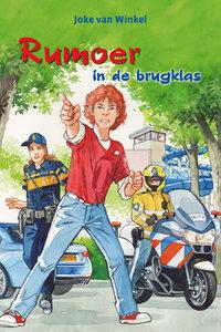 """KINDERBOEK Joke van Winkel """"Rumoer in de brugklas"""""""